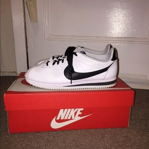 Nike Women Cortez Sneakers (negotiable)